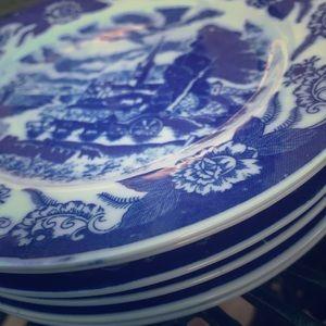 Vintage willow blue Dessert plates China